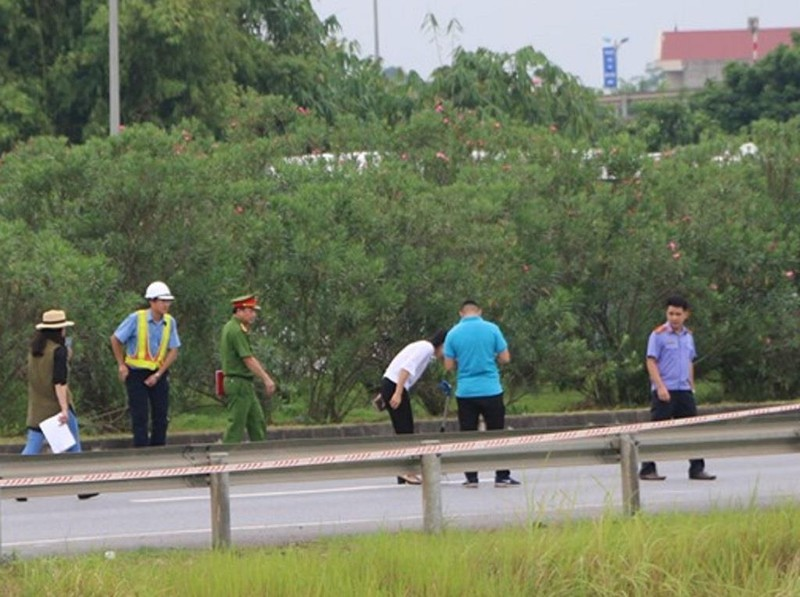 Toàn cảnh thực nghiệm vụ xe Innova lùi cao tốc 4 người chết - ảnh 6