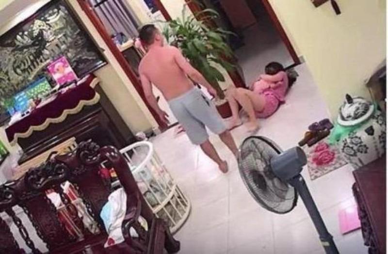 Công an vào cuộc vụ võ sư đánh vợ dã man dù đang bế con nhỏ - ảnh 1
