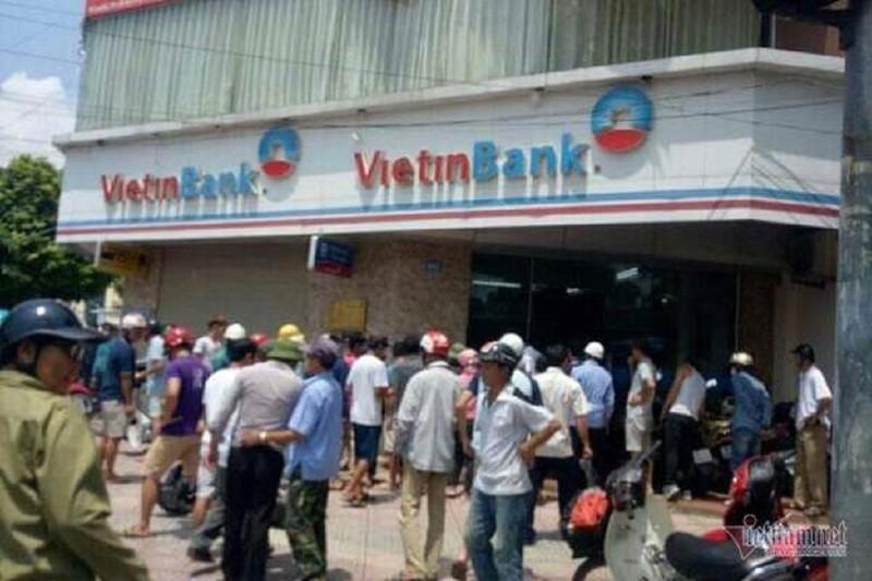 Cướp Ngân hàng VietinBank ở Hà Nội - ảnh 1