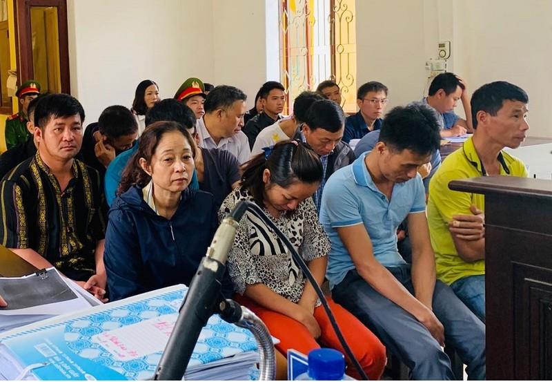 Vụ đánh bạc ở Điện Biên: Nhiều công an khai gì tại tòa? - ảnh 1