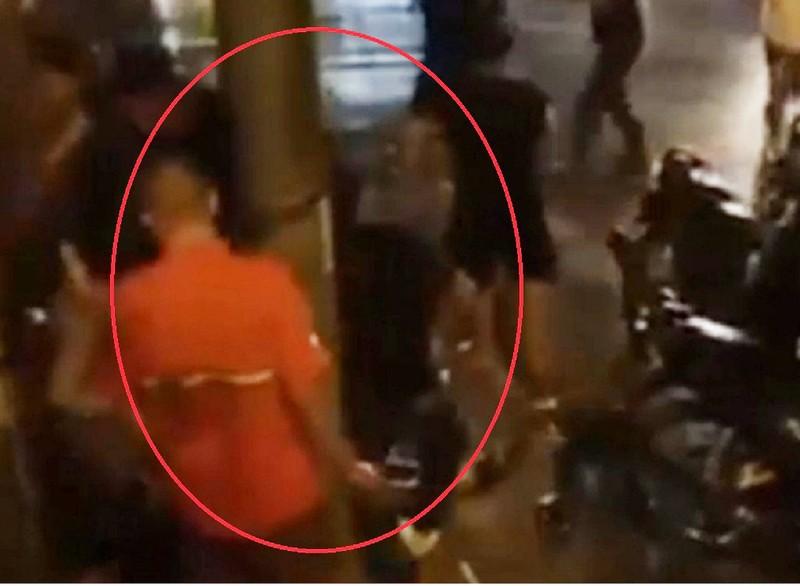 Thanh niên bị đánh nhập viện lúc mừng đội tuyển Việt Nam thắng - ảnh 1