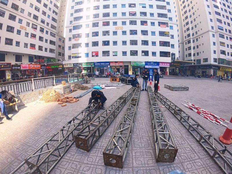 Cư dân góp tiền lắp màn hình Led 'khủng' để xem U-22 Việt Nam - ảnh 3