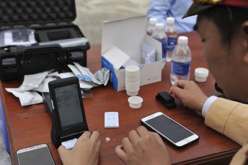 Cận cảnh thiết bị kiểm tra ma túy của CSGT - ảnh 3