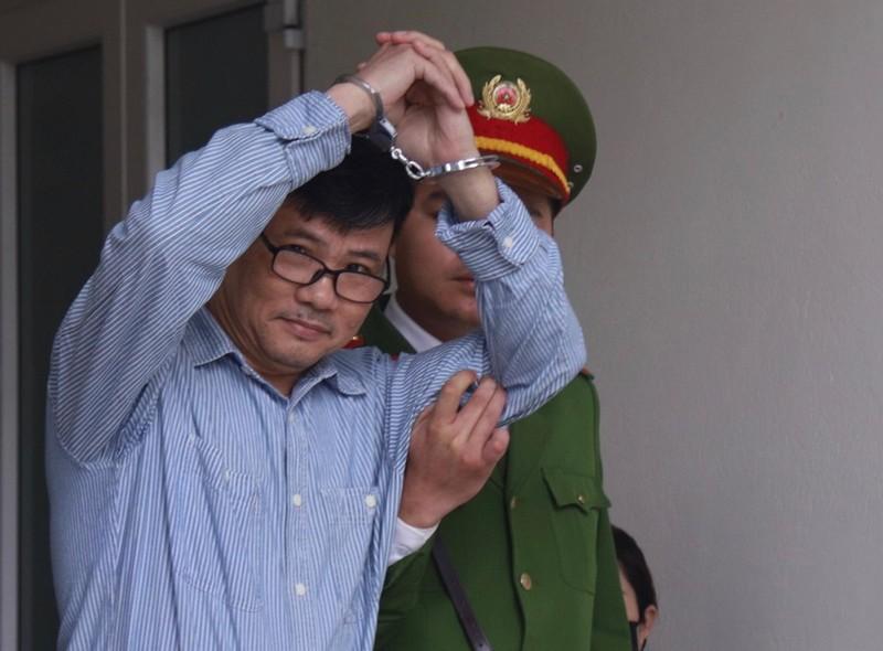 VKS đề nghị phạt Trương Duy Nhất từ 10 đến 11 năm tù - ảnh 1