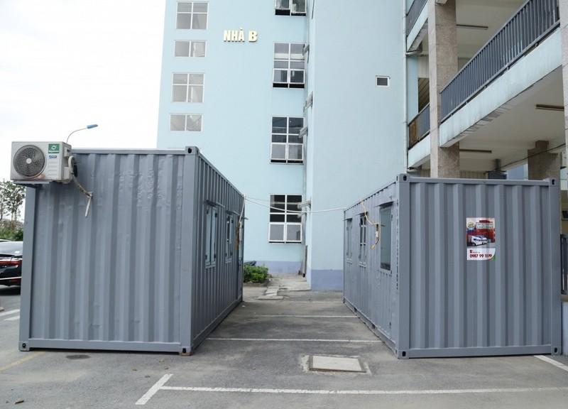Bệnh viện chế container làm phòng cách ly chống COVID-19 - ảnh 1
