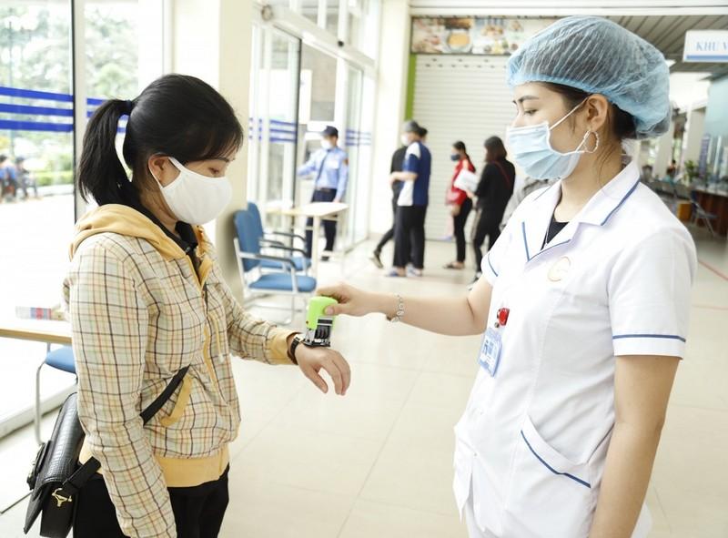 Bệnh viện chế container làm phòng cách ly chống COVID-19 - ảnh 5