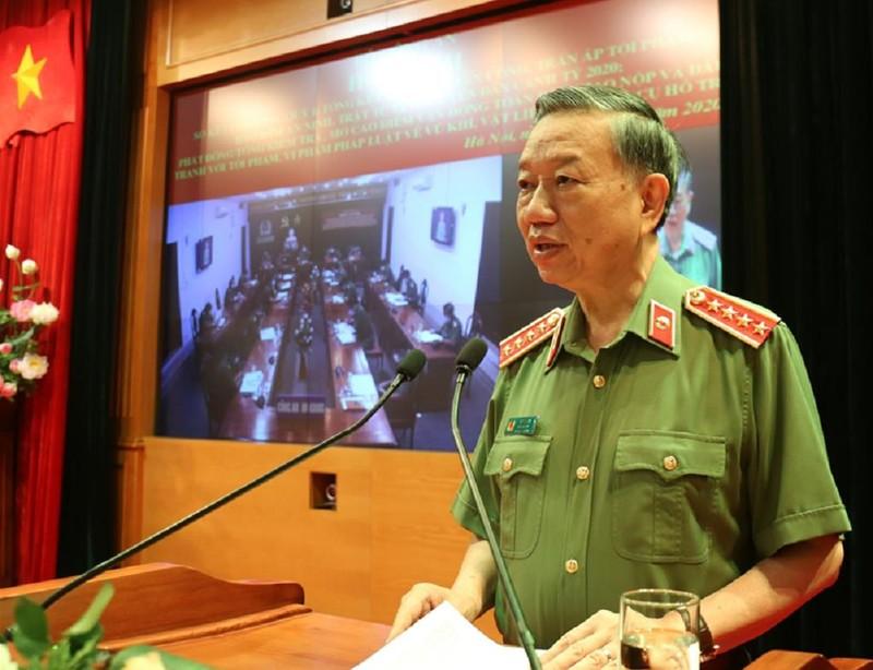 Bộ trưởng Tô Lâm: Không vì COVID-19 mà sao nhãng công tác - ảnh 1