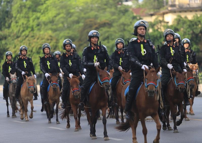 Bộ Công an chính thức ra mắt lực lượng kỵ binh - ảnh 1