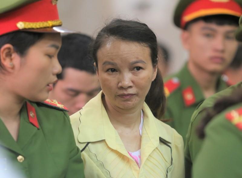 Bất ngờ hoãn phiên xử mẹ nữ sinh giao gà ở Điện Biên - ảnh 1