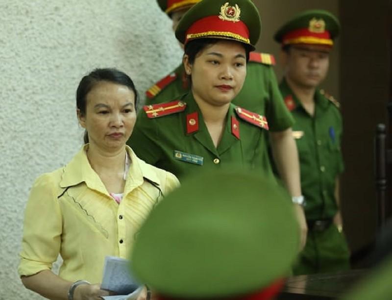 Kêu oan, mẹ nữ sinh giao gà bị sát hại ở Điện Biên ra tòa - ảnh 1