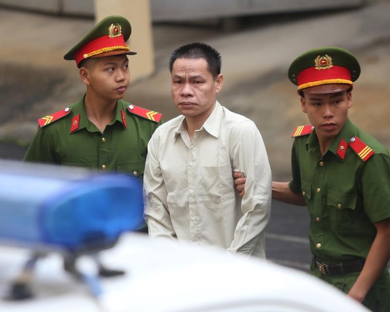 Kêu oan, mẹ nữ sinh giao gà bị sát hại ở Điện Biên ra tòa - ảnh 2