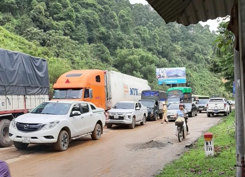 CSGT căng mình giữa mưa lũ lịch sử ở Hà Giang - ảnh 5