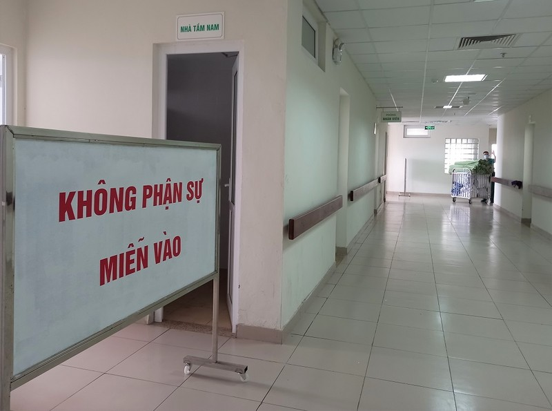 Cận cảnh bệnh viện đón 120 bệnh nhân COVID-19 vào chiều nay - ảnh 2