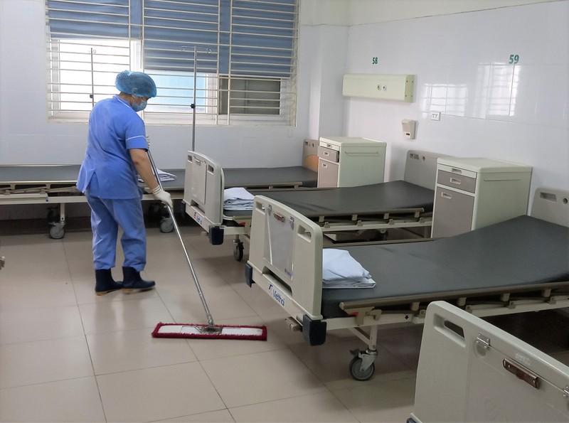 Cận cảnh bệnh viện đón 120 bệnh nhân COVID-19 vào chiều nay - ảnh 6