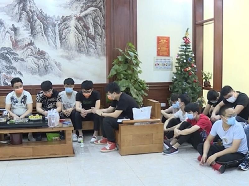 Thuê taxi đón 20 người Trung Quốc vượt biên vào Việt Nam - ảnh 1