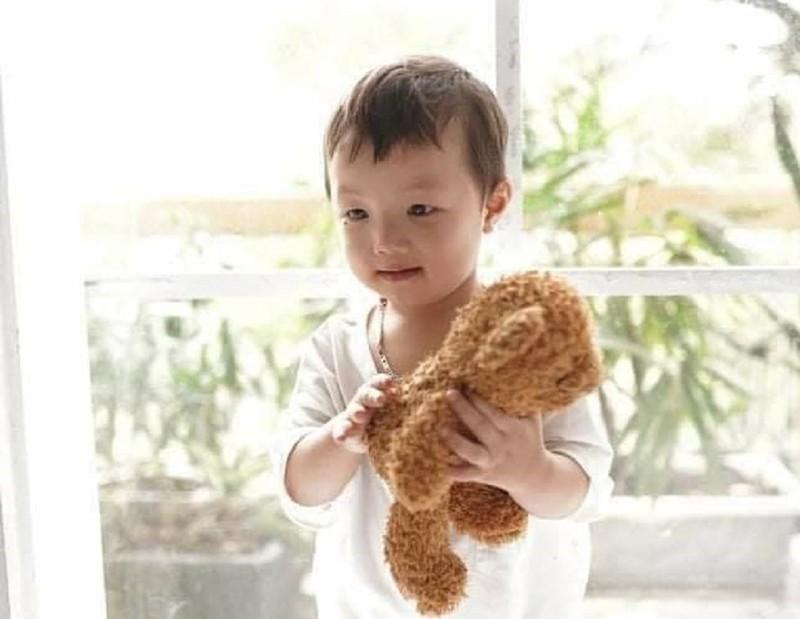 Công an phát thông báo tìm bé trai 2 tuổi mất tích ở Bắc Ninh - ảnh 1