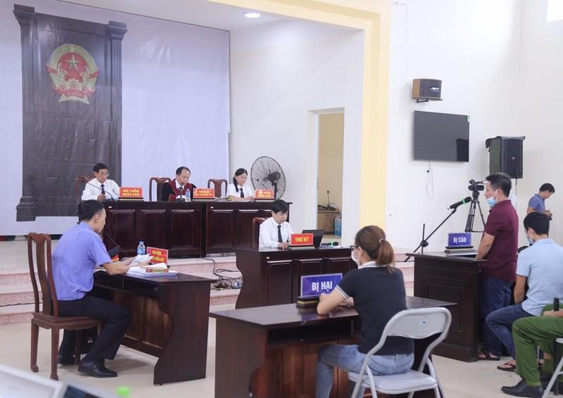 Tòa nói về đạo đức kinh doanh với chủ quán Nhắng nướng - ảnh 2