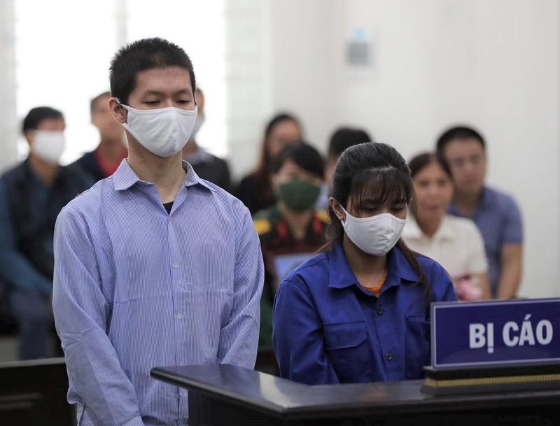 Mẹ ruột và cha dượng bị cáo buộc bạo hành con đến tử vong - ảnh 1