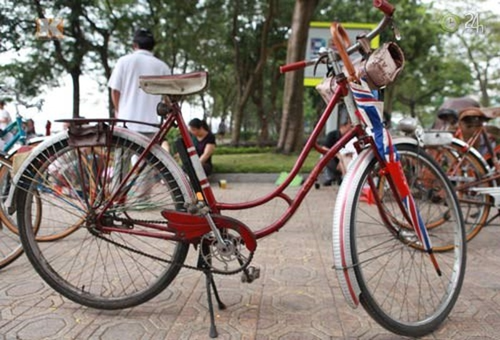 Báo Thái Lan: Người giàu Việt Nam giờ phải chơi xe đạp - ảnh 4