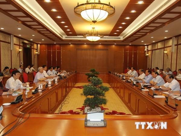 Bộ Chính trị họp sơ kết 5 năm thực hiện Nghị quyết TW 6 khóa XI - ảnh 1