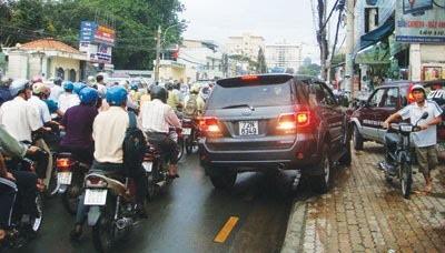 Nhờ người khác nộp phạt vi phạm giao thông được không? - ảnh 1