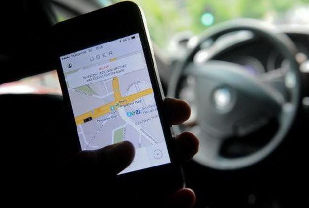 Tài xế Uber Ấn Độ cưỡng hiếp khách đi taxi   - ảnh 1