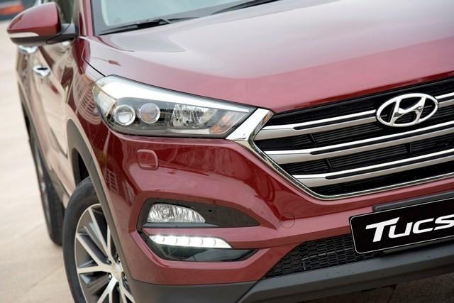 Hyundai Tucson 2016 ra mắt, lịch lãm hơn SantaFe, giá 925 triệu - ảnh 4
