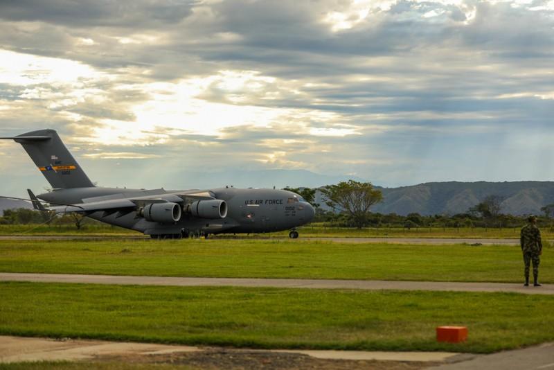 Venezuela tố bị C-17 Mỹ xâm phạm không phận, dọa 'đáp trả mạnh' - ảnh 1