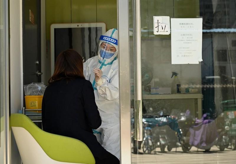 COVID-19 quay lại, Vũ Hán gấp rút xét nghiệm toàn bộ 11 triệu dân   - ảnh 1