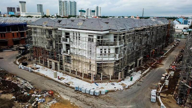 Vụ xây 'lụi' 110 biệt thự: Chủ đầu tư vẫn khẳng định không sai - ảnh 1