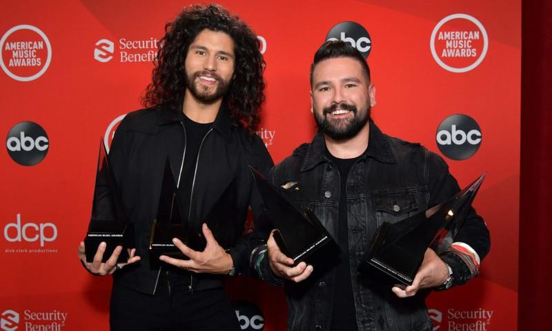8 MV nổi bật thắng giải Âm nhạc Mỹ AMAs 2020 - ảnh 5