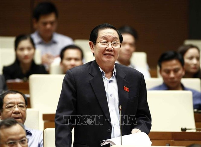 Bộ Nội vụ đề nghị không bổ nhiệm chức danh 'hàm' - ảnh 1