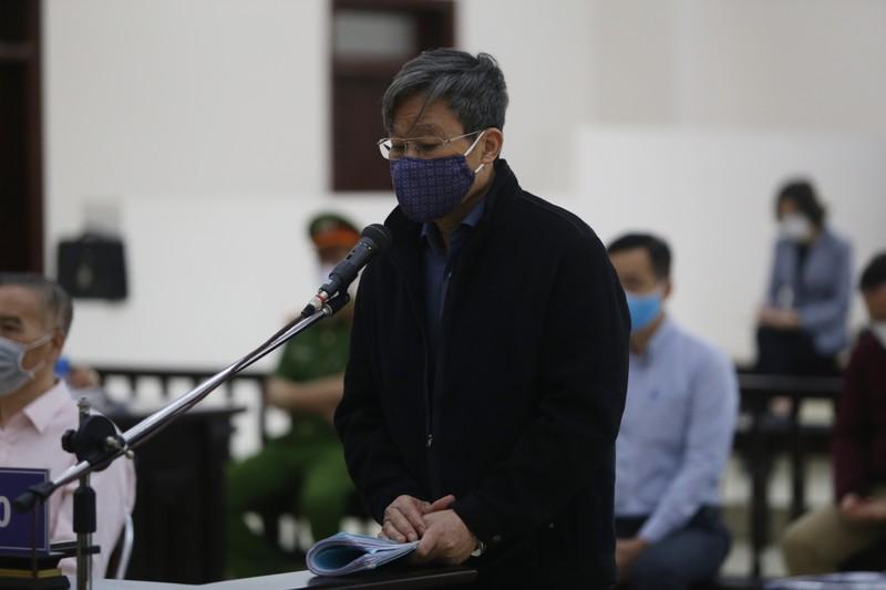 Đang xử phúc thẩm cựu bộ trưởng Nguyễn Bắc Son và đồng phạm - ảnh 1