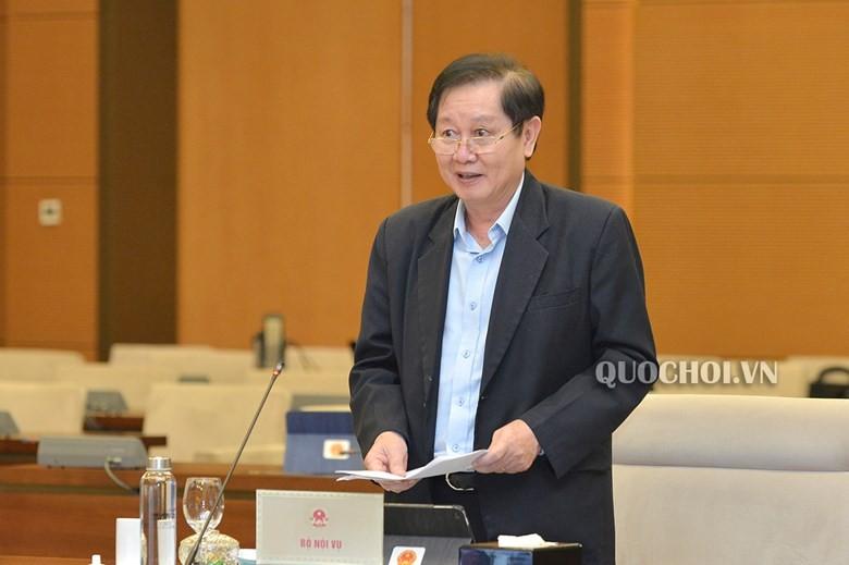 Bộ trưởng Nội vụ nói lý do chưa tăng lương cơ sở từ 1-7 - ảnh 1