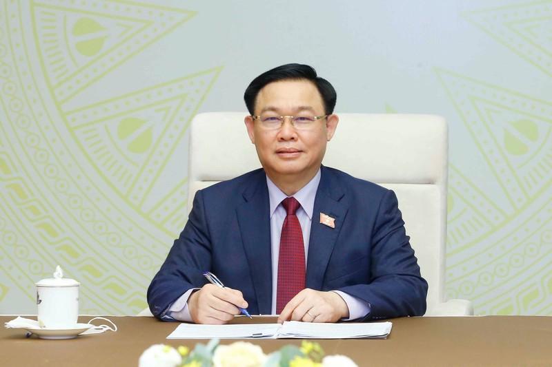 Nga xem xét chuyển giao công nghệ để sản xuất vaccine Sputnik V ở Việt Nam  - ảnh 1