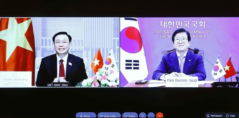 """Chủ tịch Quốc hội: """"Vai trò của HLV Park Hang-seo rất đặc biệt…"""" - ảnh 1"""