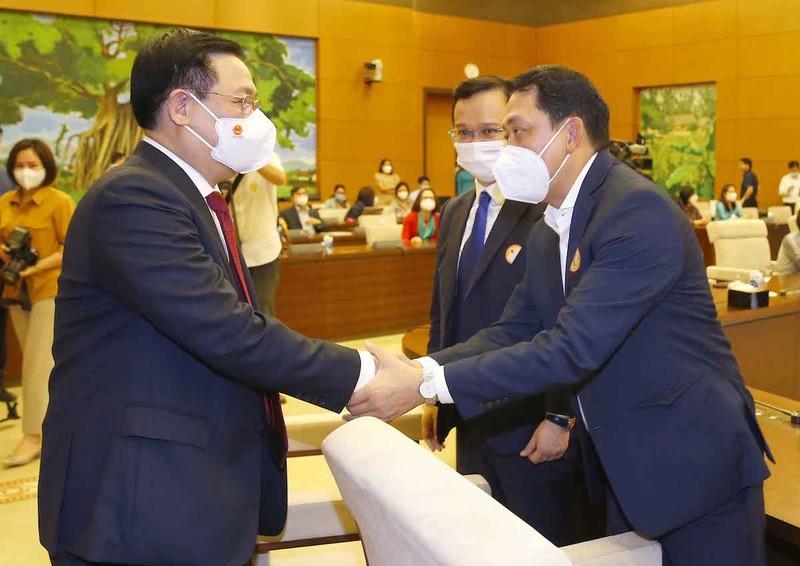Chủ tịch Quốc hội Vương Đình Huệ gặp mặt các doanh nghiệp tiêu biểu - ảnh 2