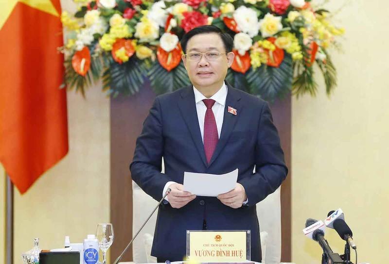 Chủ tịch Quốc hội Vương Đình Huệ gặp mặt các doanh nghiệp tiêu biểu - ảnh 1