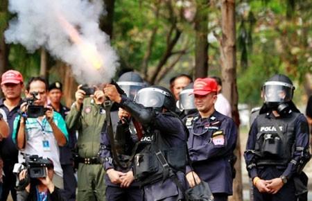 Chiến dịch đóng cửa Bangkok: Phe áo đỏ bàn kế đối phó  - ảnh 1