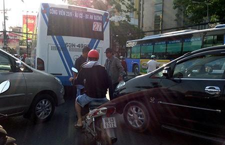 Ghi hình phạt nguội xe buýt chạy ẩu - ảnh 2