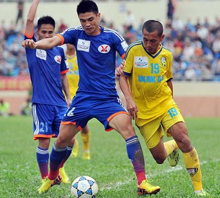 Vòng 11 V- League: Hơn nhau ở… cái đầu - ảnh 1