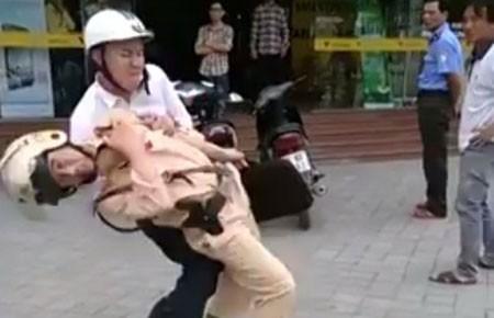 Bắt kẻ tấn công CSGT - ảnh 1