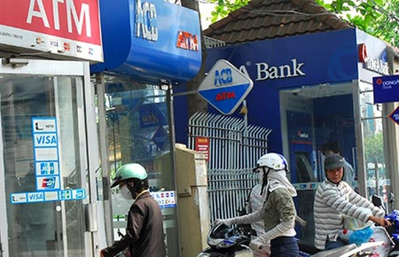 Hãy đòi ngân hàng thẻ ATM   bảo mật cao - ảnh 1