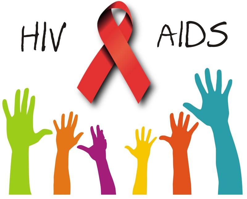 Khoảng 10.000 người nhiễm mới HIV mỗi năm - ảnh 1