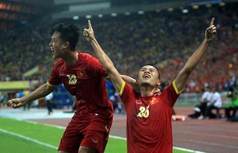 Thắng sướng Malaysia 2-1 - ảnh 1