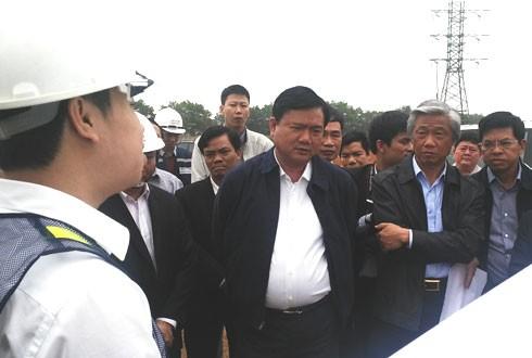Bộ trưởng Đinh La Thăng dọa 'trảm' chủ đầu tư QL 38 - ảnh 1