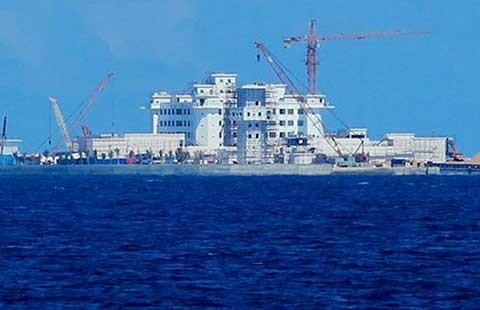 Biển Đông: Cần động thái cứng rắn hơn - ảnh 1