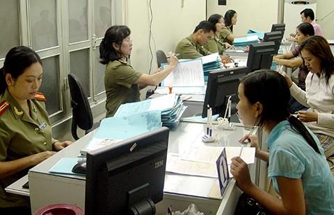 TP.HCM: Người dân dễ hơn khi cấp, đổi hộ chiếu - ảnh 1