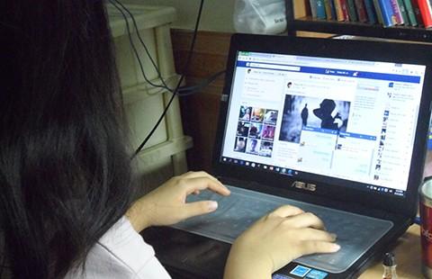 'Em thấy dùng Facebook có lợi cho học tập' - ảnh 1