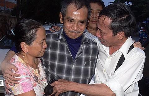 Ông Huỳnh Văn Nén được tại ngoại  - ảnh 1